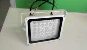 LED补光灯在设施园艺中的应用与对作物生长的影响磐石